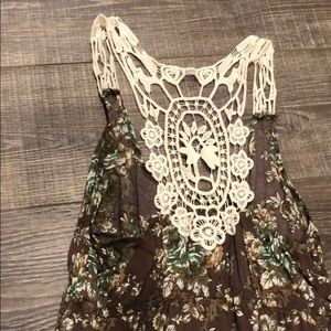 Floral lace tank from buckle